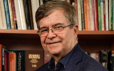 Dr. R. Gary Sibbald, Executive Director